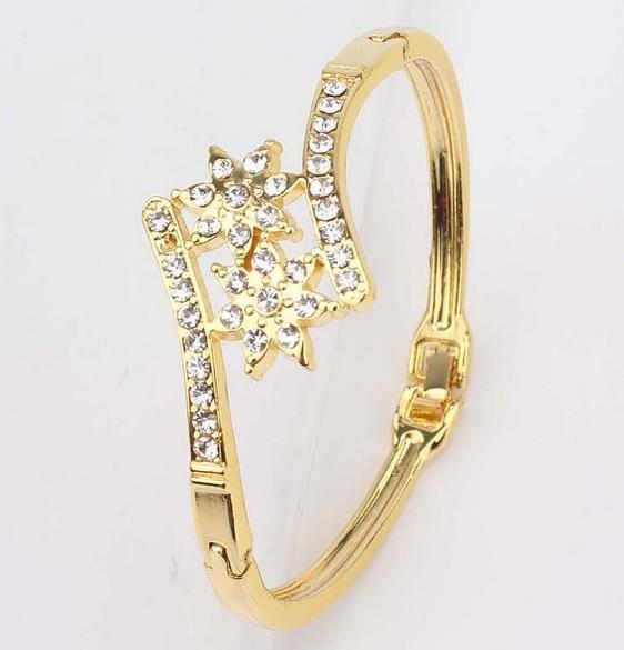 Gold Plated Flower Clear Austrian Crystal Bracelet