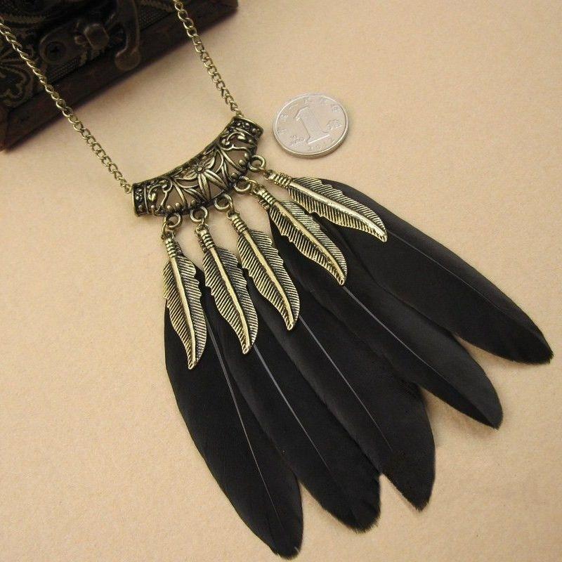 Women's Vintage Feather Necklace - Black