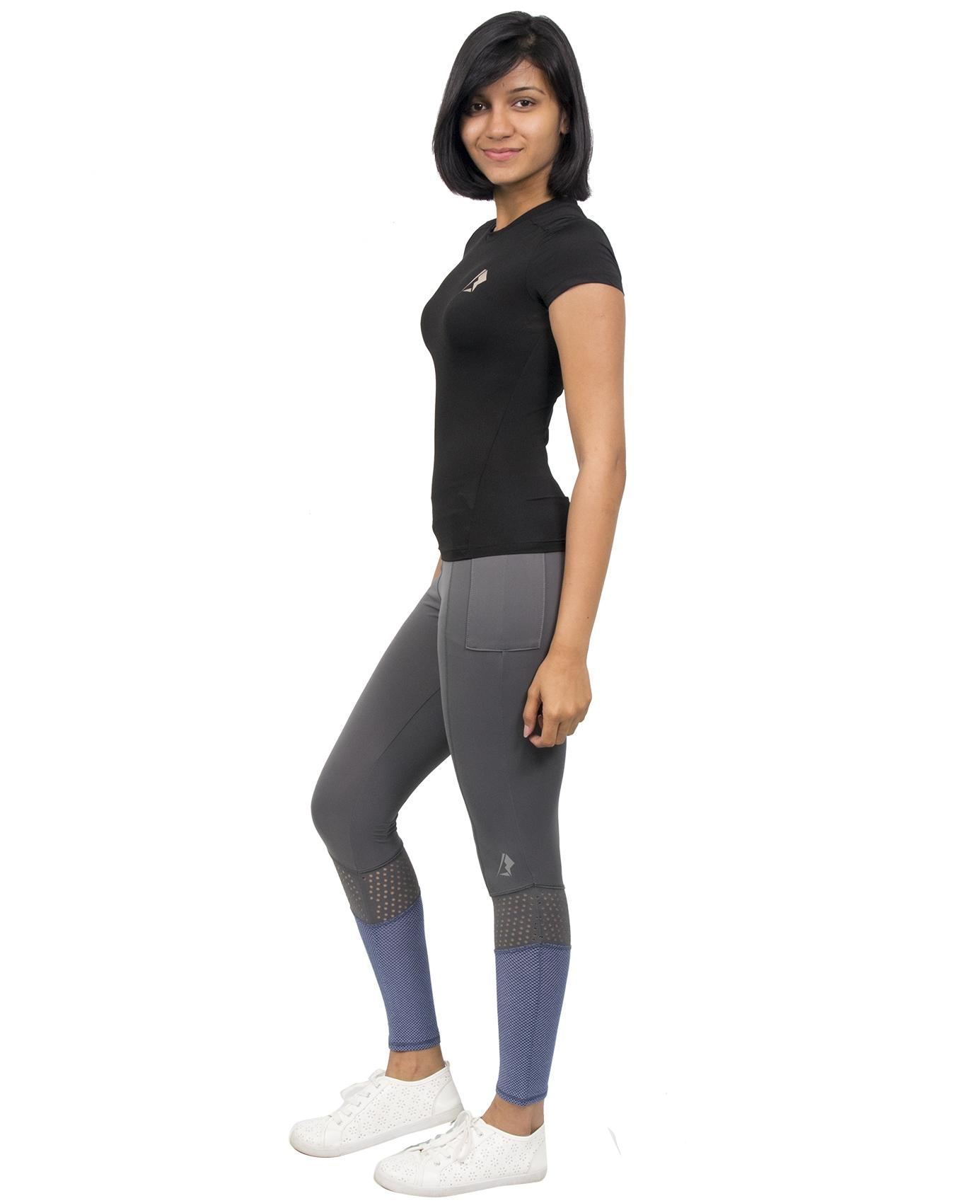 e5563a2465869 Womens Sports Clothing - Buy Womens Sports Clothing at Best Price in ...