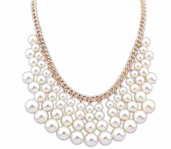 Women's White Pearl Pendant