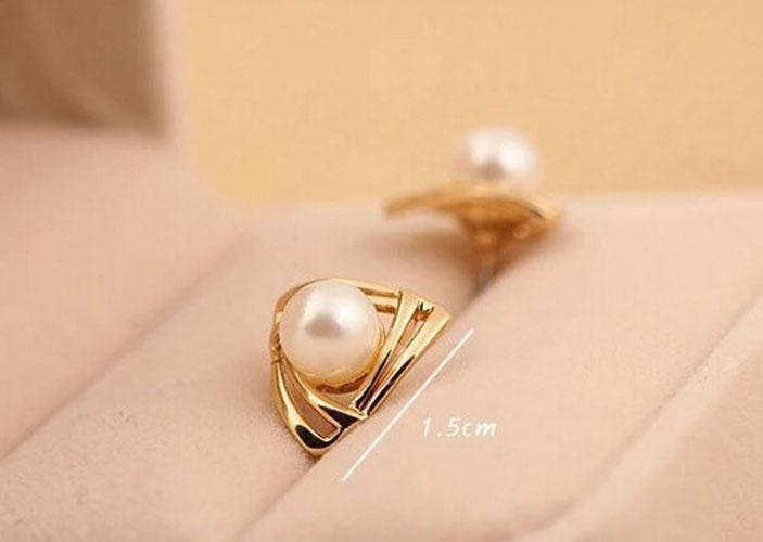 Women's Pearl Plated Earring