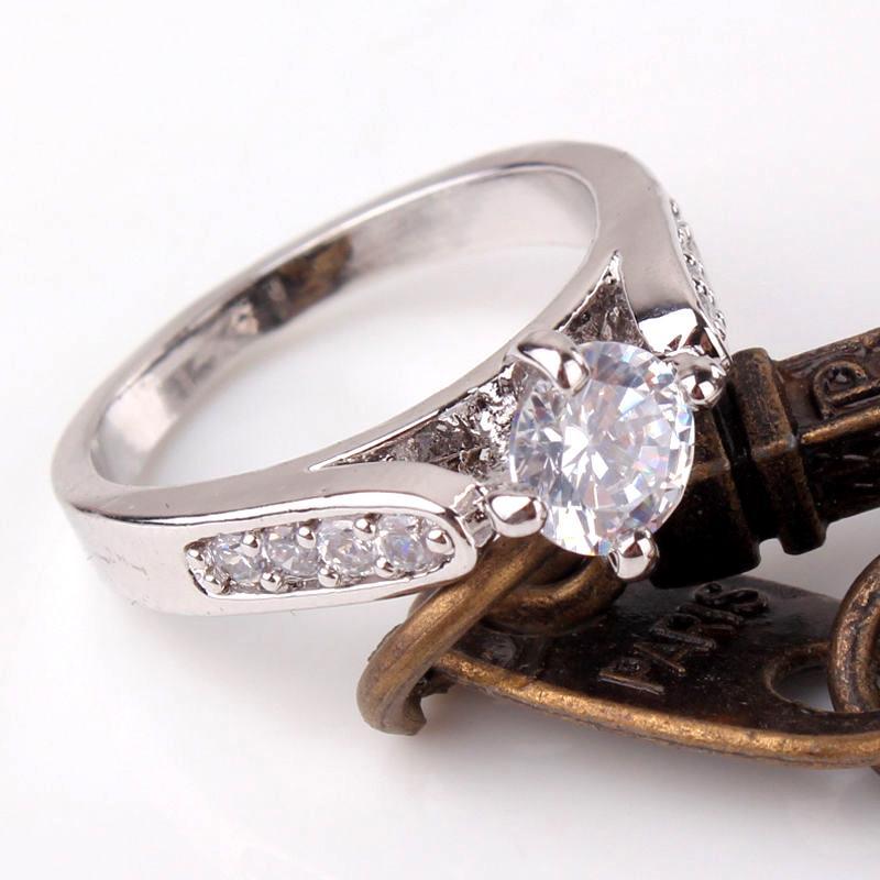 Women's White Gold Plated Swarovski Crystal Ring